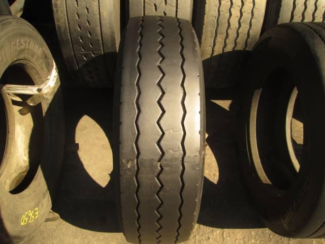 Opona używana 275/70R22.5 Bridgestone BIEZNIKOWANA
