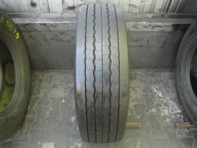 Opona używana 275/70R22.5 Dunlop SP741