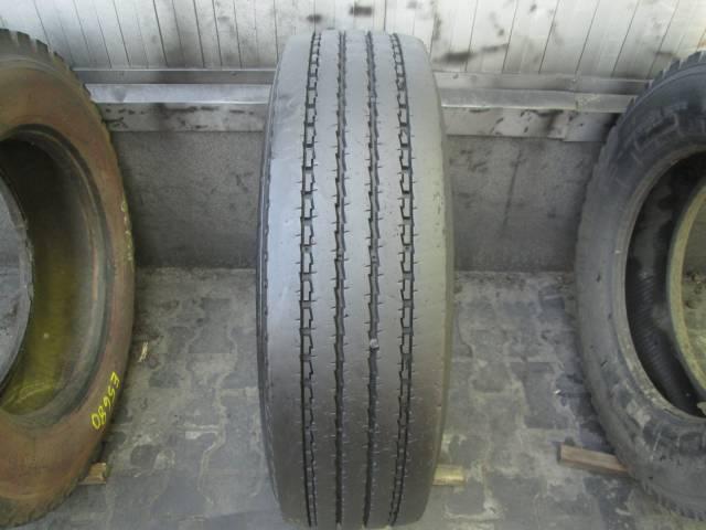 Opona używana 275/70R22.5 Michelin XZE2+