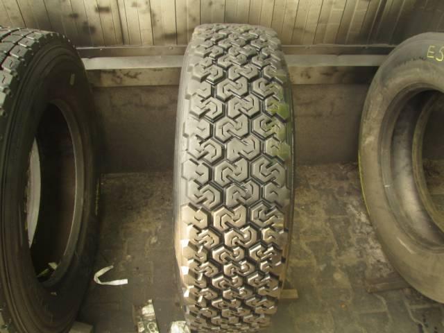 Opona używana 275/70R22.5 Dunlop SP511