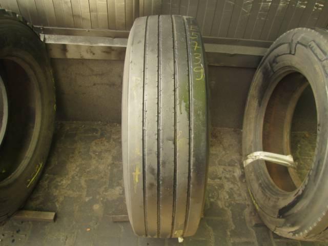 Opona używana 275/70R22.5 Michelin BIEZNIKOWANA