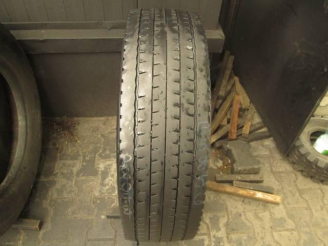Opona używana 275/70R22.5 Dunlop SP452