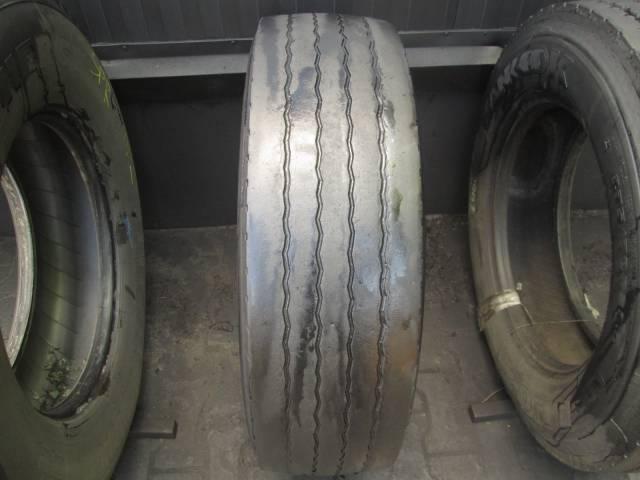 Opona używana 275/70R22.5 Michelin XZA1