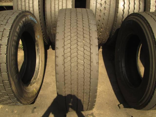 Opona używana 315/70R22.5 Michelin ENERGY SAVERGREEN XD
