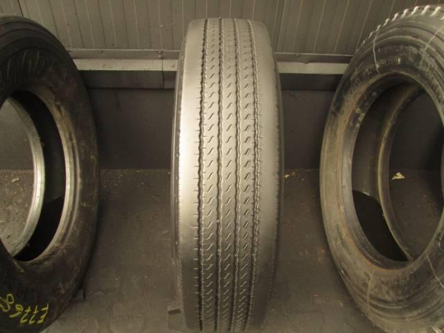 Opona używana 295/80R22,5 Bridgestone R194