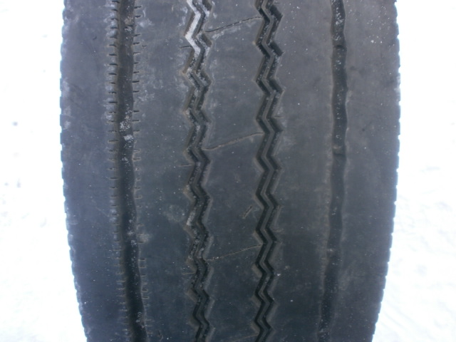 Opona używana 225/75R17.5 Michelin XZE