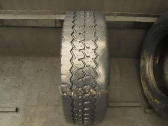 Opona używana 305/60R22,5 Michelin BIEŻNIKOWANA