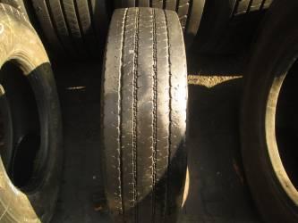 Opona używana 205/75R17,5 Bridgestone M788