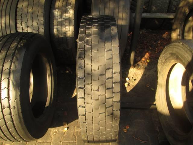 Opona używana 11R22,5 Michelin XDE2