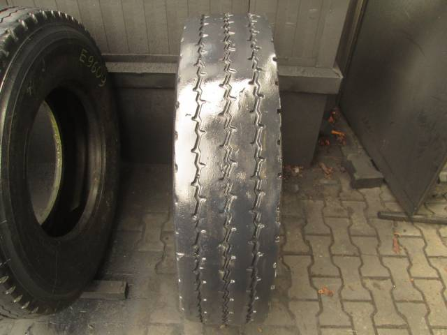 Opona używana 12R22,5 Michelin XZY2