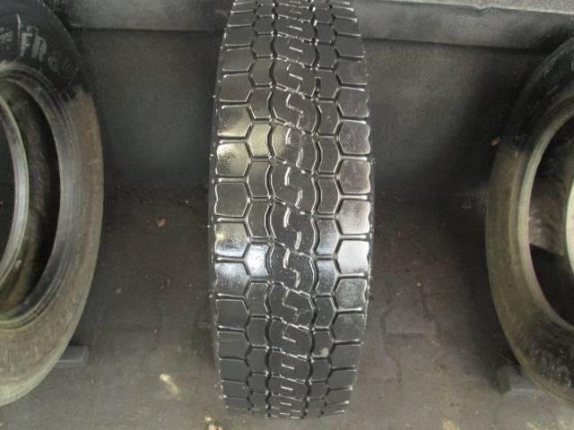 Opona używana 205/75R17,5 Bridgestone V-STEEL M716