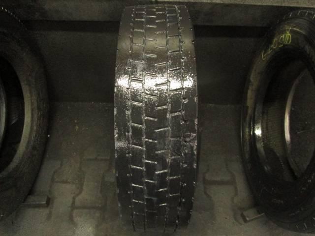 Opona używana 205/75R17,5 Pirelli BIEŻNIKOWANA