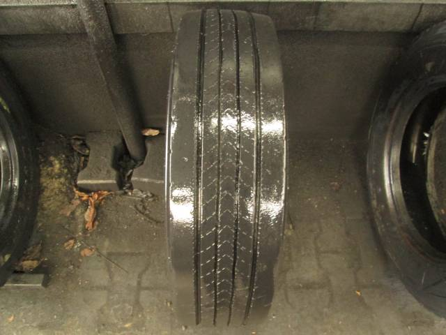 Opona używana 205/75R17,5 Bridgestone R227