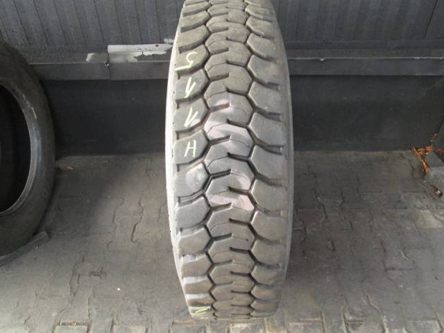 Opona używana 315/80R22,5 Goodyear MICHELIN X-WORKS