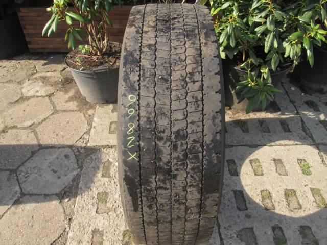 Opona używana 315/70R22,5 Dunlop BIEŻNIKOWANA