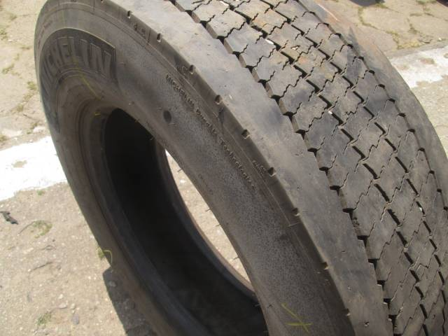 Opona używana 275/70R22,5 Michelin XZU3 IN CITY