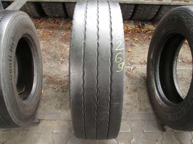 Opona używana 265/70R19,5 Bridgestone R168