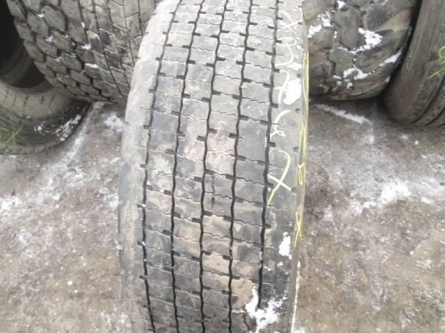 Opona używana 295/60R22,5 Dunlop BIEŻNIKOWANA