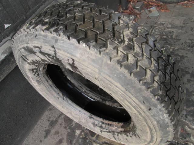 Opona używana 245/70R19,5 Pirelli BIEŻNIKOWANA
