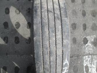 Opona używana 215/75R17,5 Falken RI128