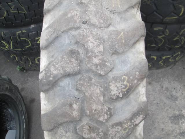 Opona używana 335/80R20 Dunlop SP T9