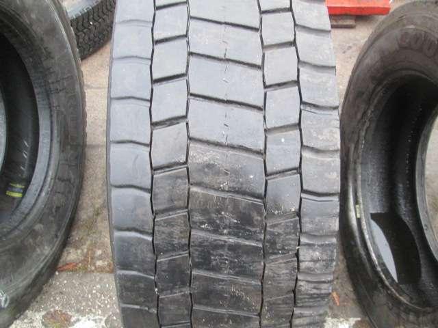 Opona używana 315/70R22.5 Bridgestone M729