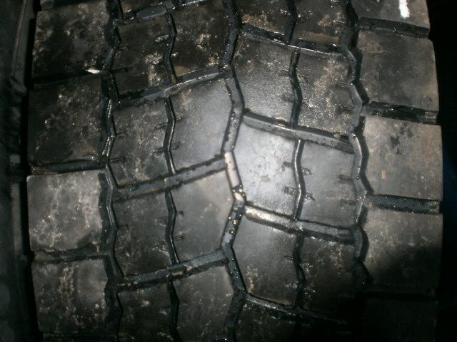 Opona używana 315/70R22.5 Bridgestone M788