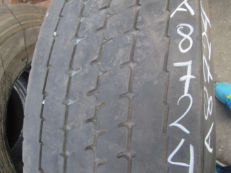 Opona używana 295/80R22.5 Pirelli BIEZNIKOWANA