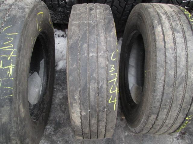 Opona używana 205/75R17.5 Pirelli FR85