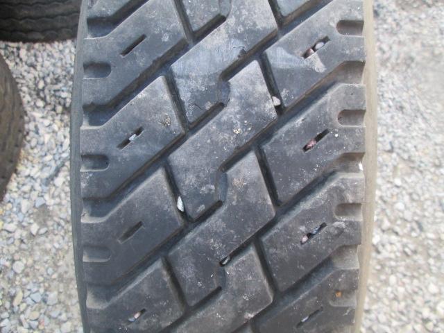 Opona używana 9R22.5 Michelin BIEŻNIKOWANA