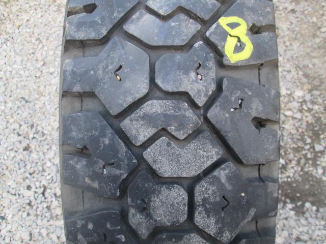Opona używana 9R22.5 Dunlop SP304