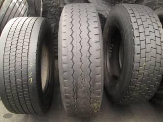 Opona używana 315/80R22.5 Bridgestone BIEZNIKOWANA