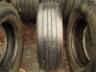 Opony używane 215/75R17.5 Bridgestone R227 - 2 szt. (para). Opony nr: 32854 30889