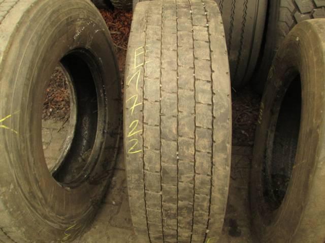 Opona używana 315/70R22.5 Dunlop BIEZNIKOWANA