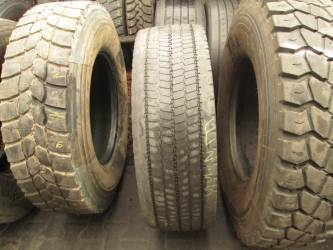 Opony używane 305/70R22.5 Michelin XDA2+ - 2 szt. (para). Opony nr: 32055 32799